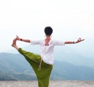 inde himalaya montagnes maitri yoga