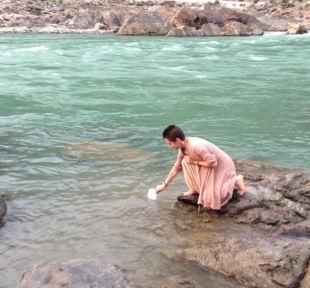inde montagne nature riviere ganges ganga maitri yoga