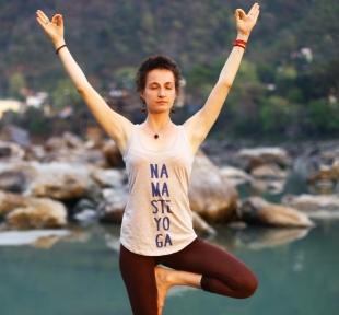 arbre vrikshasana maitri yoga