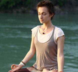 padmasana meditation posture lotus maitri yoga