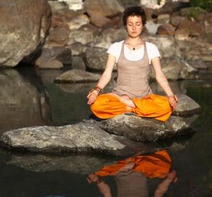 sukhasana posture meditation maitri yoga