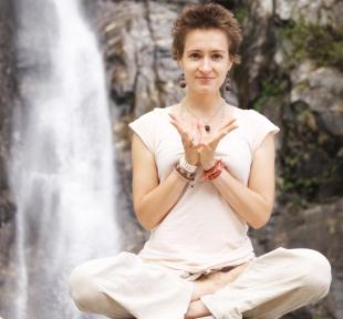 maitri nature montagne portrait yoga
